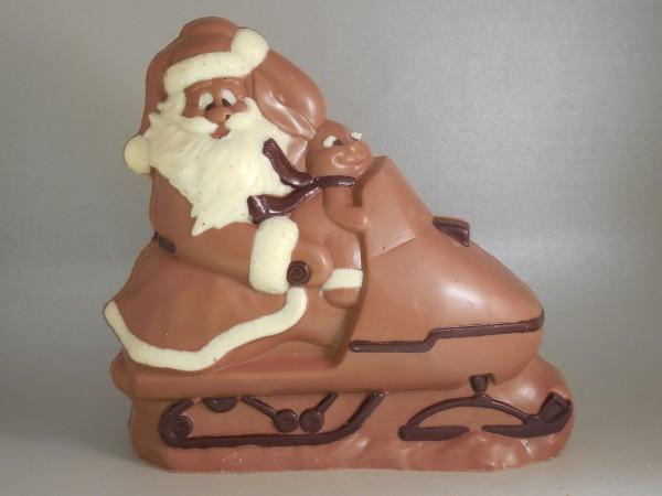Kerstman op sneeuwscooter