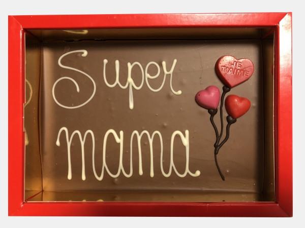 Super Mama in Rode Doos