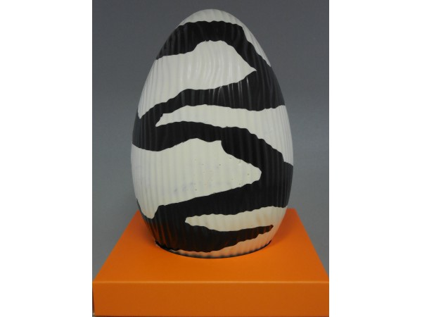 Paasei 14 cm zwart/wit